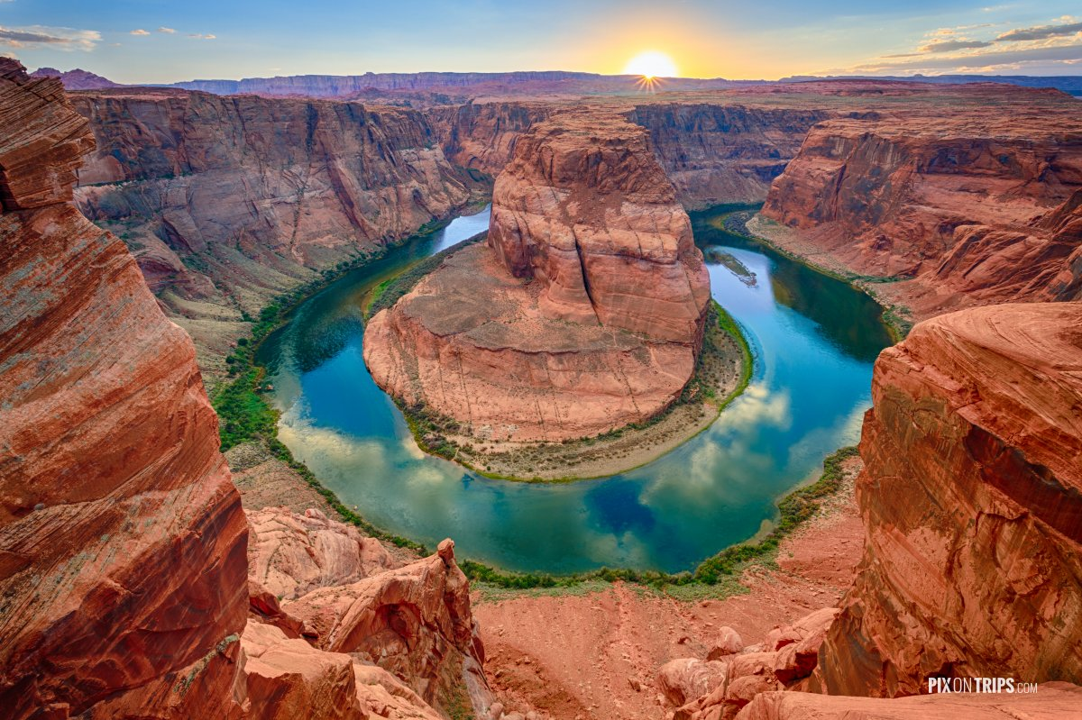 Horseshoe Bend at Sunset - Pix on Trips
