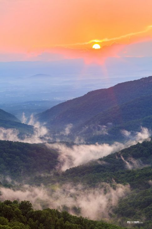 Shenandoah National Park at sunset - Pix on Trips