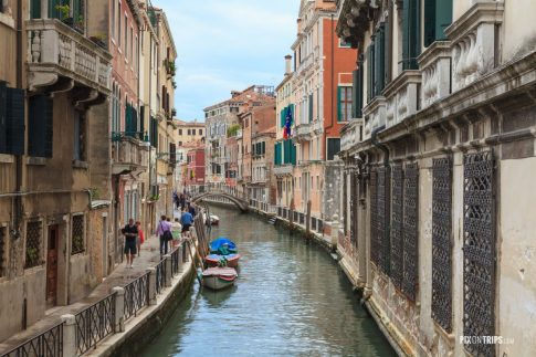 Canal and street of Venice - Pix on Trips
