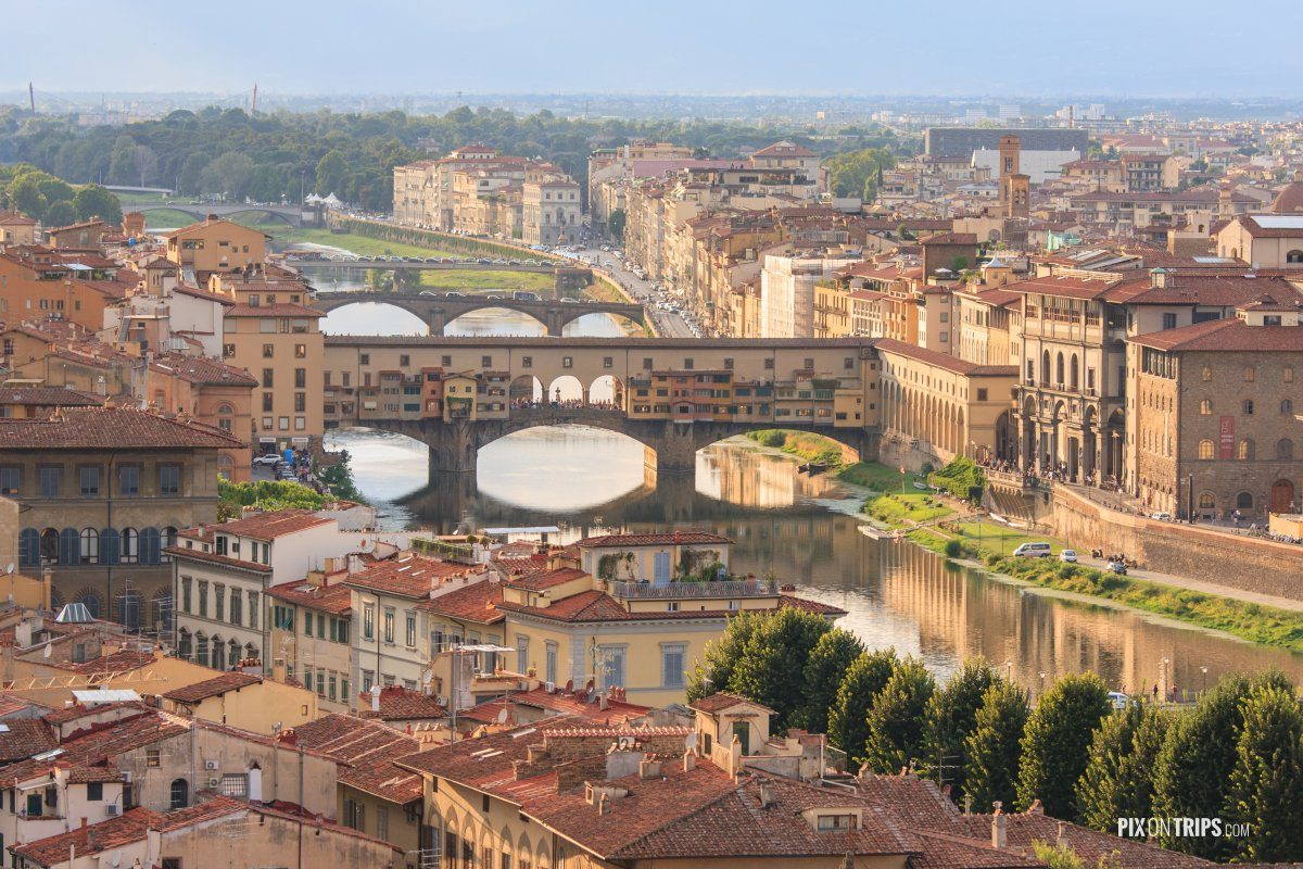 Vecchio Bridge and the Arno River, Florence, Italy - Pix on Trips