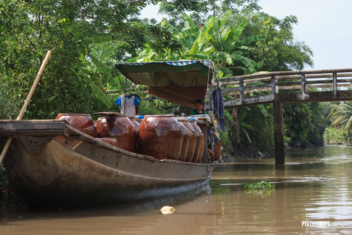 Boat along Mekong river delta - Pix on Trips