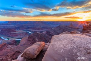 Dead Horse Point State Park at Sunset - Pix on Trips