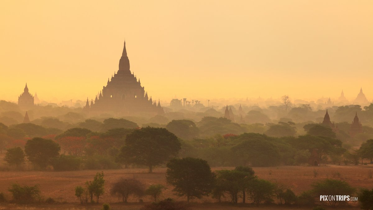 Sunrise from Shwesandaw Pagoda, Bagan, Myanmar - Pix on Trips