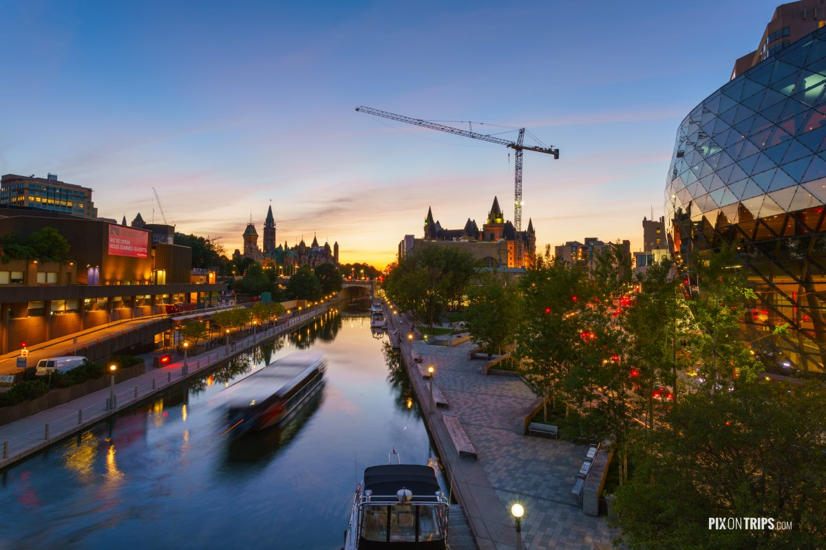 Ottawa Rideau Canal at dusk - Pix on Trips