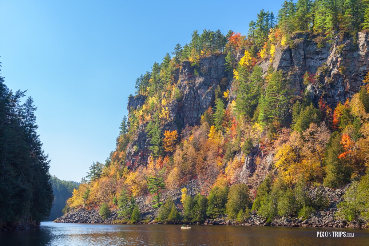 Barron Canyon in autumn, Algonquin Provincial Park - Pix on Trips