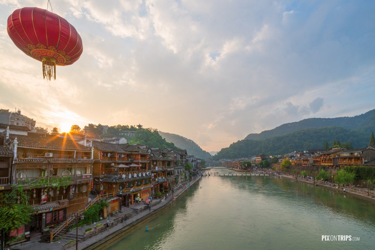 Fenghuang Ancient Town, Hunan, China - Pix on Trips