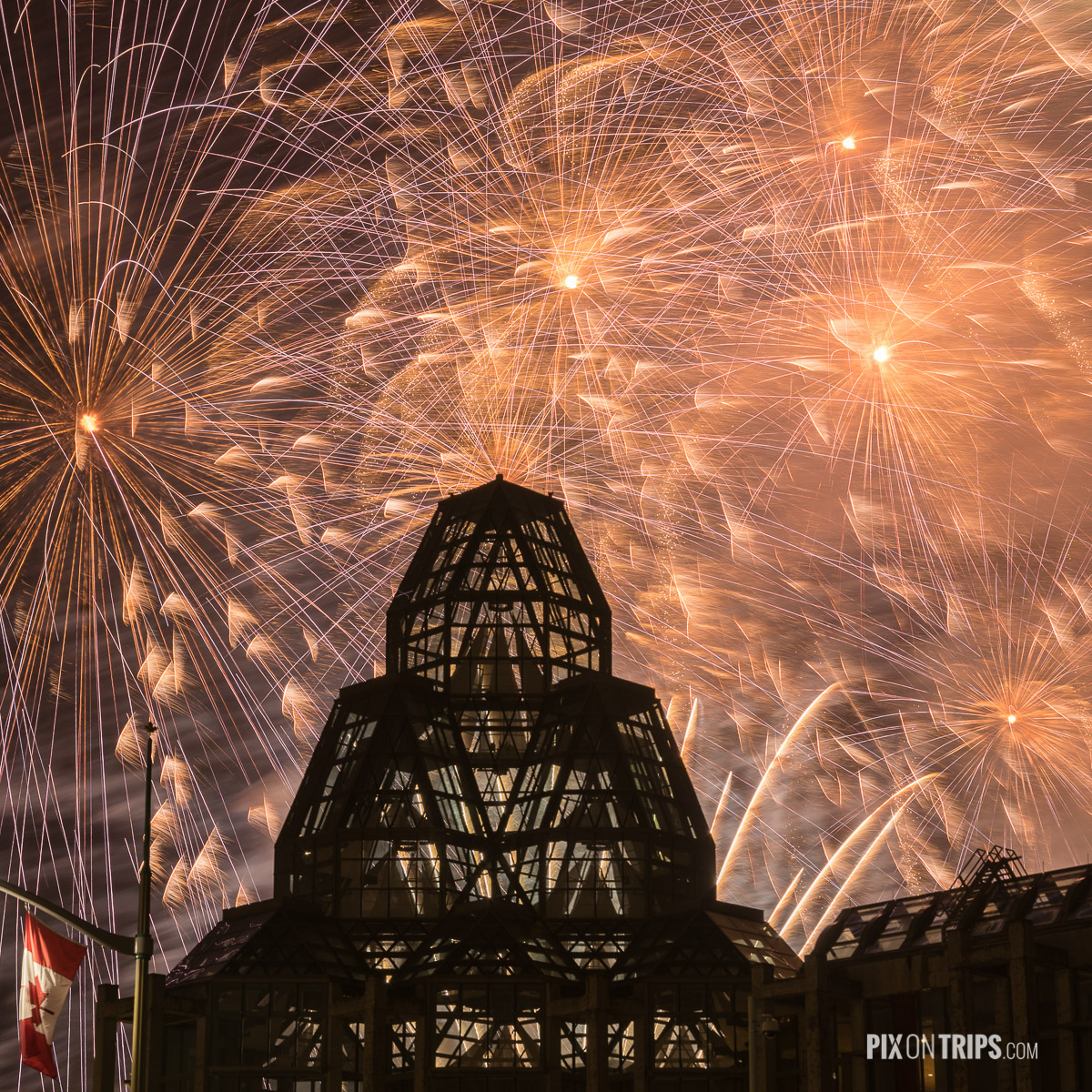 Firework show from behind the National Gallery of Canada as Canada celebrates its 150th birthday - Pix on Trips